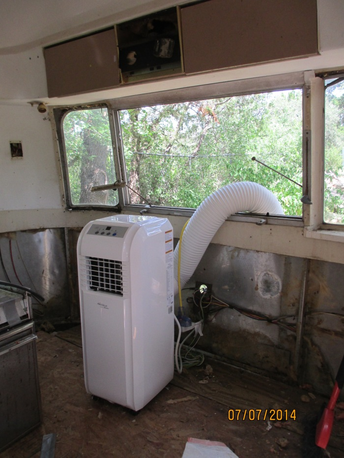 Grandpa tried to give us some A/C in the hot TX summer heat #fail